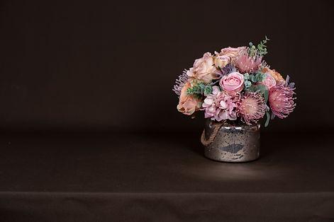 Faux Vase Arrangemnt pastel mix banner 2