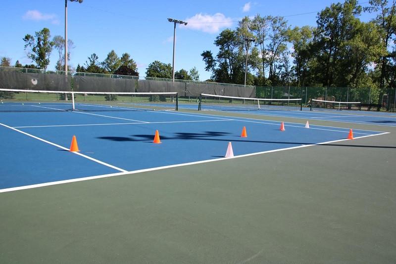 Tennis corts.jpg