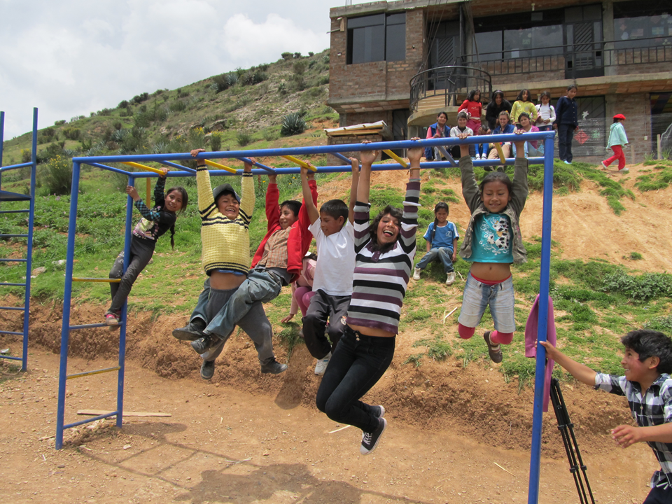children with the monkey bars
