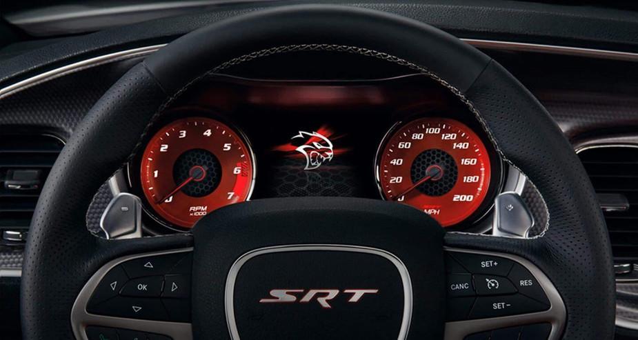 2019-Dodge-Charger-Hellcat-SRT-speedomet