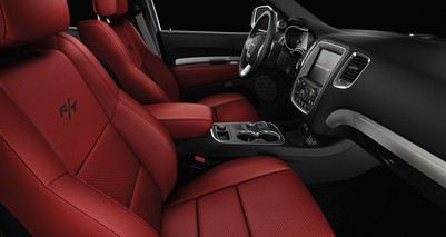 2019-Durango-interior-red-Agt-Europe.jpg