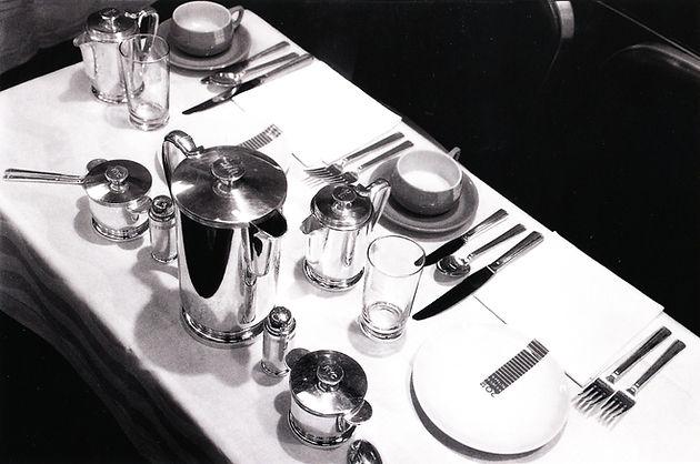 NYC-20th Century table setting-JC-_.jpg