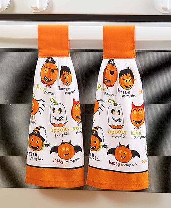 Set of 2 Seasonal Hanging Kitchen Towels - Halloween