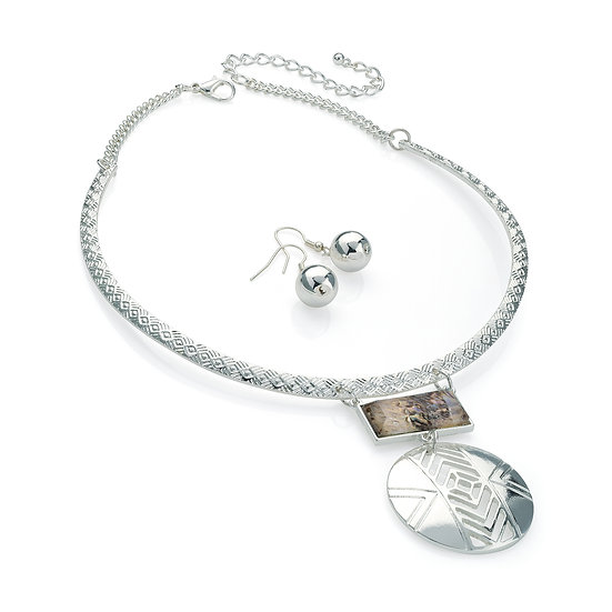 En vie Jewellery Silver colour shell look metal collar necklace and earring set