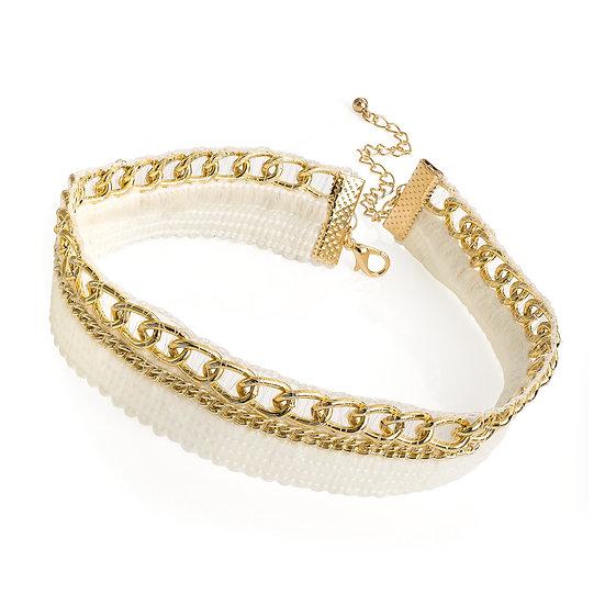 En vie Jewellery Gold colour chain look white choker necklace
