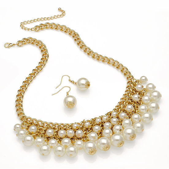Gold effect cream pearl bead tassle necklace set