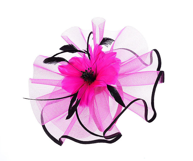En-Vie™ jewellery This beautiful Fuschia flower headpiece is made of feather, with contrast trim