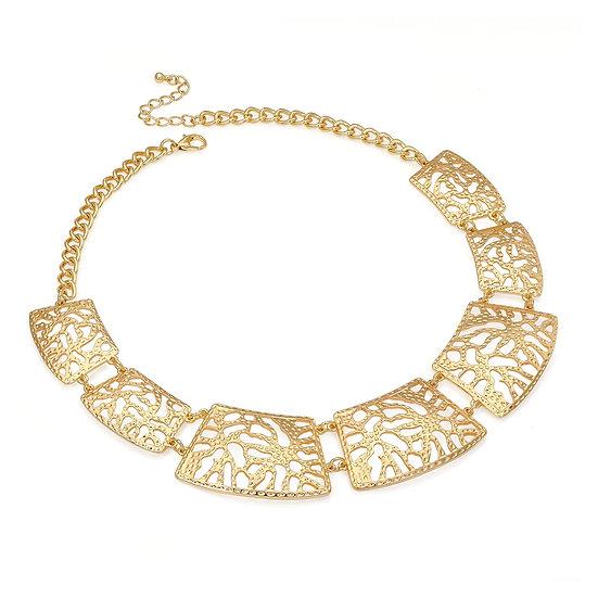 En vie Jewellery Shiny gold colour chain choker necklace
