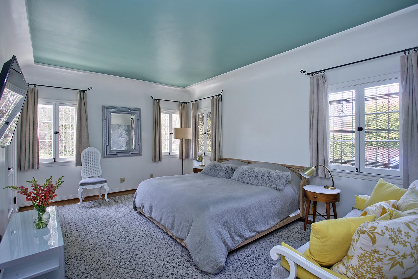 Master bedroom Property Management