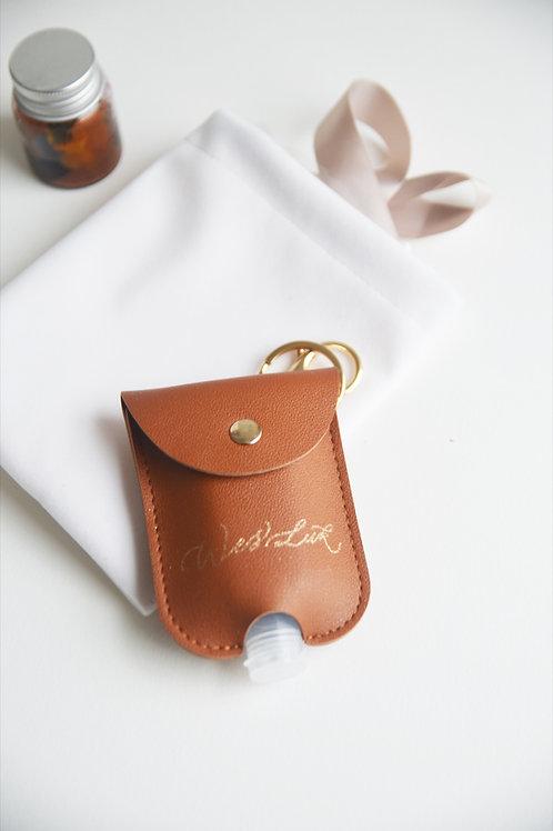 燙金酒精搓手液皮套Gold Calligraphy Hot Stamping on Leather Coat