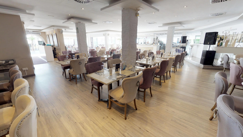 Olivias-La-Cala-Dining-Area(2).jpg