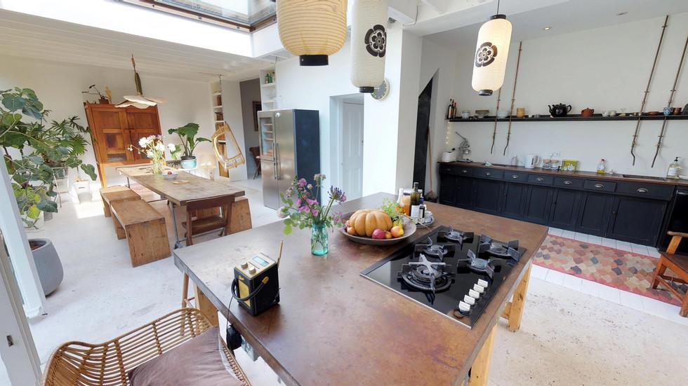 Dining Area(1).jpg