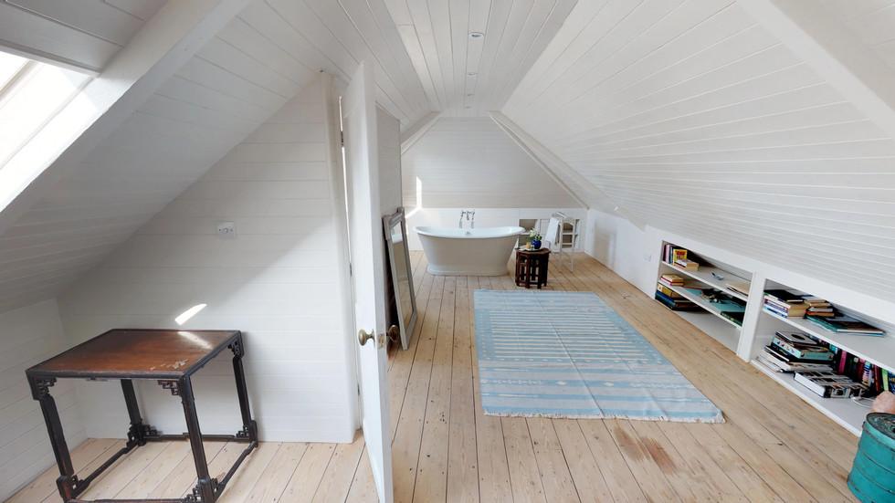 Bedroom 4 (2).jpg