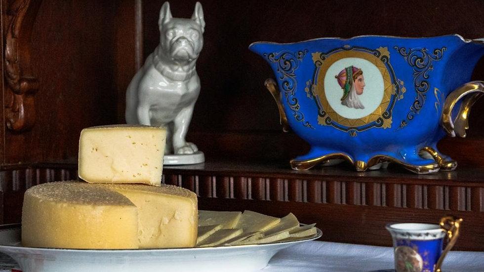 Сыр полутвёрдый