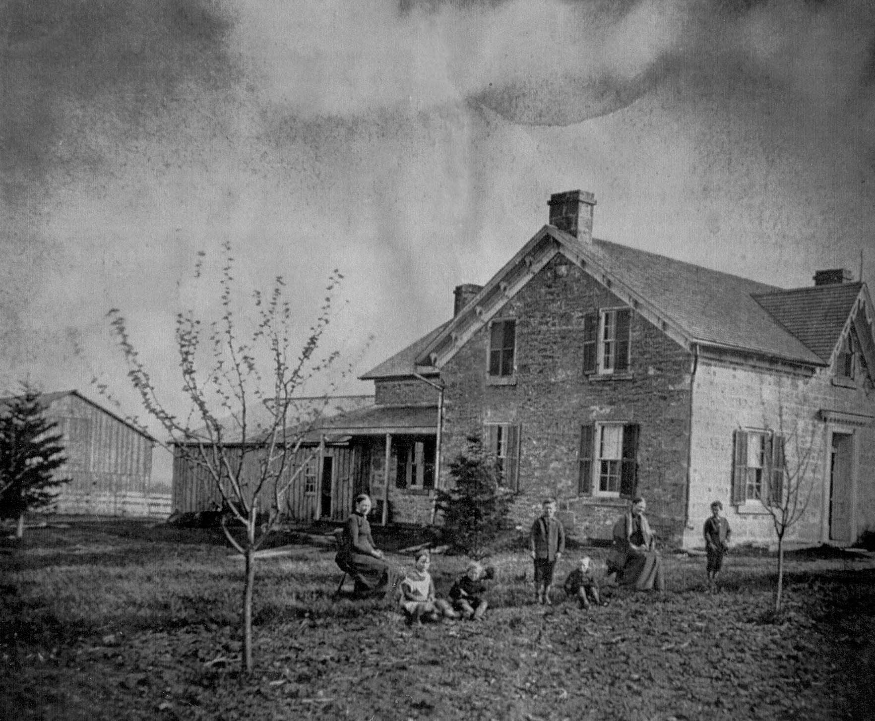 Historic Photo of Sharon's House bw 2.jpg