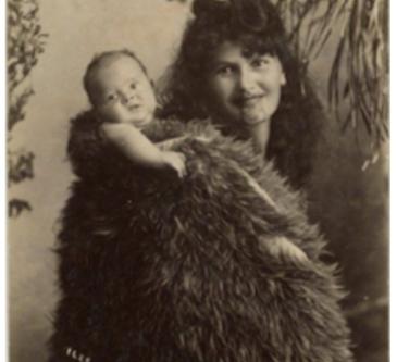 A origem dos carregadores de bebês
