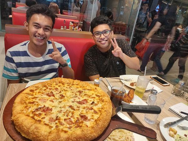 2019.12.14 Malabon (Pizza Hut).jpg