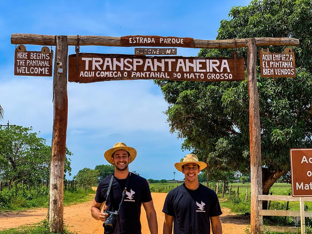 Irmãos Martins GoMartins entrada portal transpantaneira