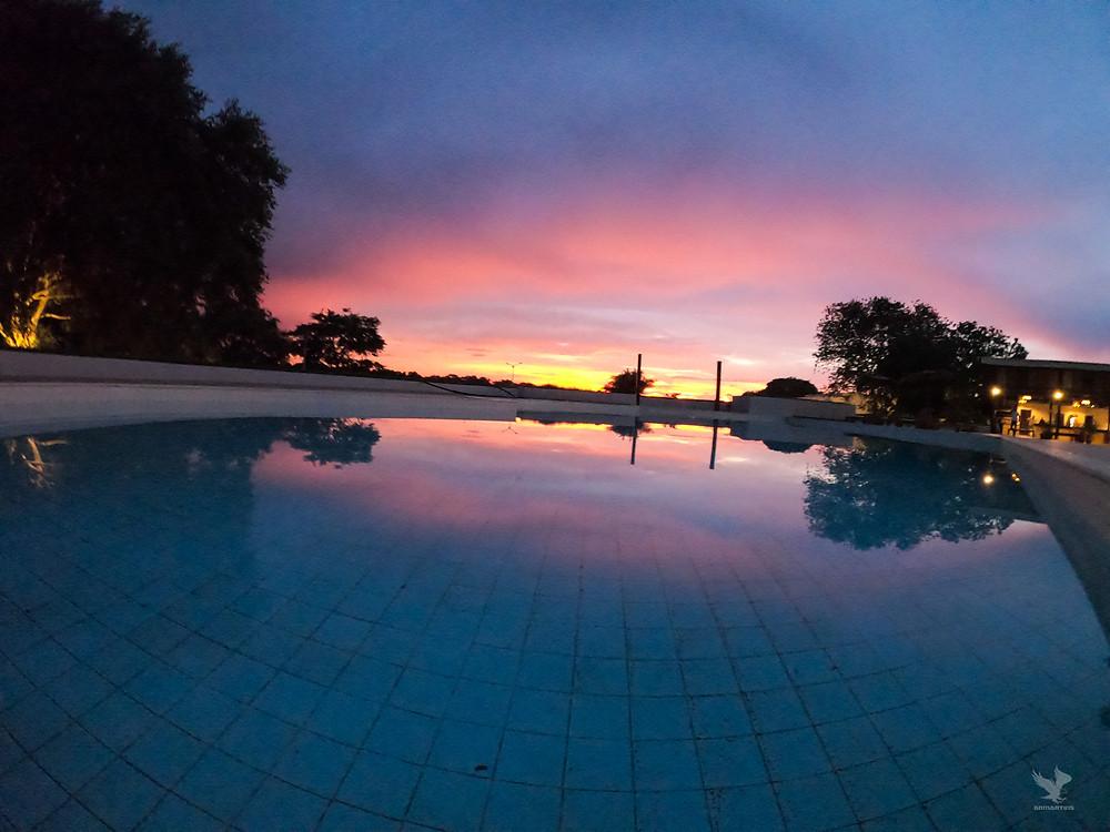 santa rosa hotel por do sol piscina