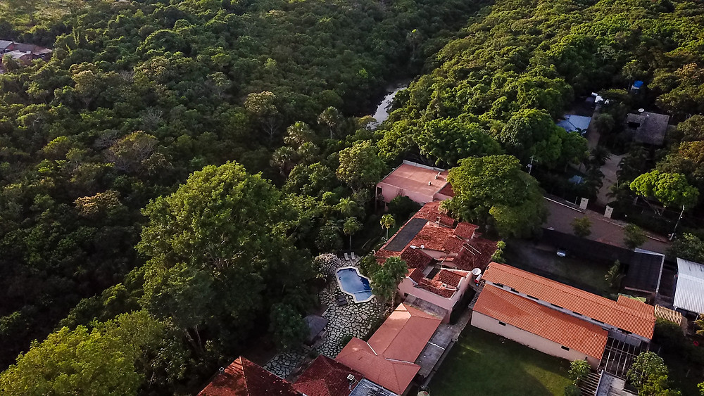 GoMartins vista aérea de drone da Casa da Quineira na Chapada dos Guimarães