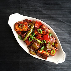 Pan fried chili paneer