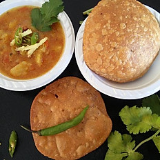 Khasta kachori with potato curry