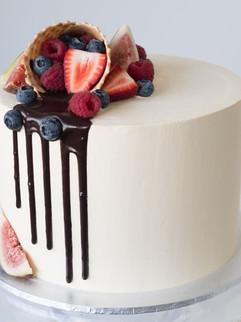 Berry Cone Cake2.jpg