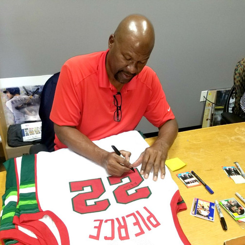 Ricky Pierce at an autograph session
