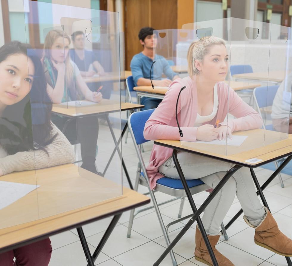 SCHOOL-FOLDING-CLASSROOM-BUNGEE.jpg
