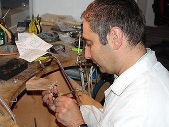 Atelier de reparation et transformation de bijoux et montre horlogerie Bijouteries Bouju