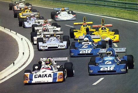 Alex F3 1976 02.jpg