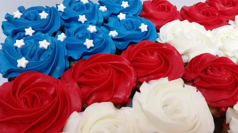 Patriotic Cupcake Cake
