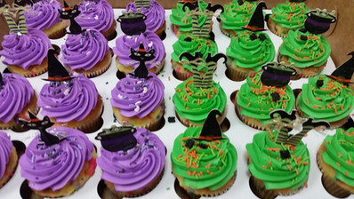 Simple Halloween Topped