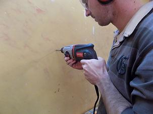 Apprendre à percer un mur