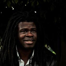 14h Entrevista com Yannick Delaas, músico e produtor cultural