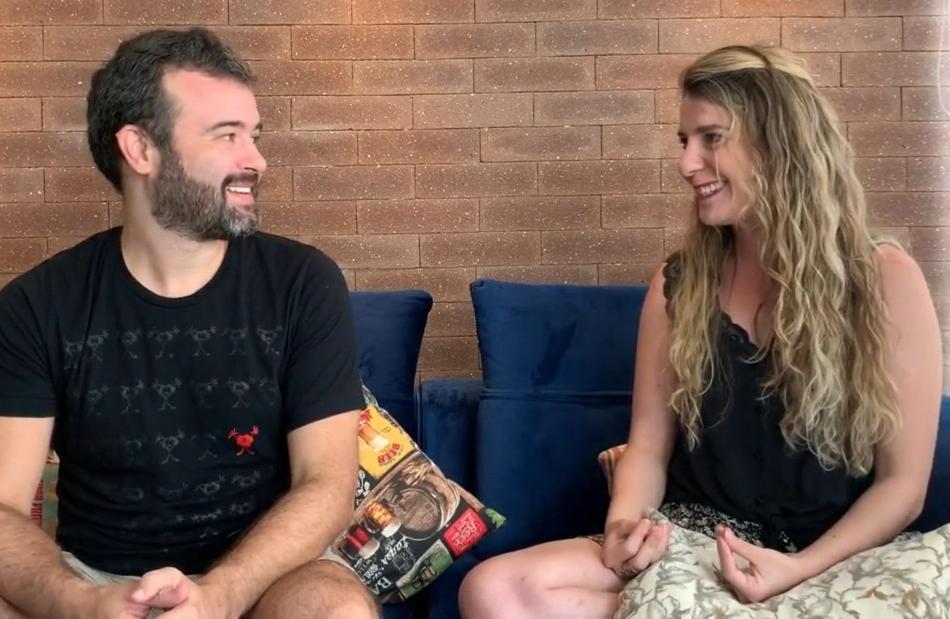 20h10 Entrevista com os diretores do MUD, Talita Bretas e Fernando Maiola