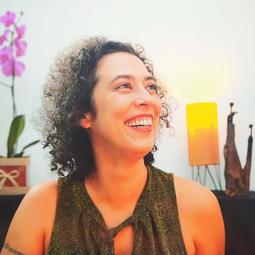 17h Entrevista com Paula Lisboa, atriz e contadora de histórias