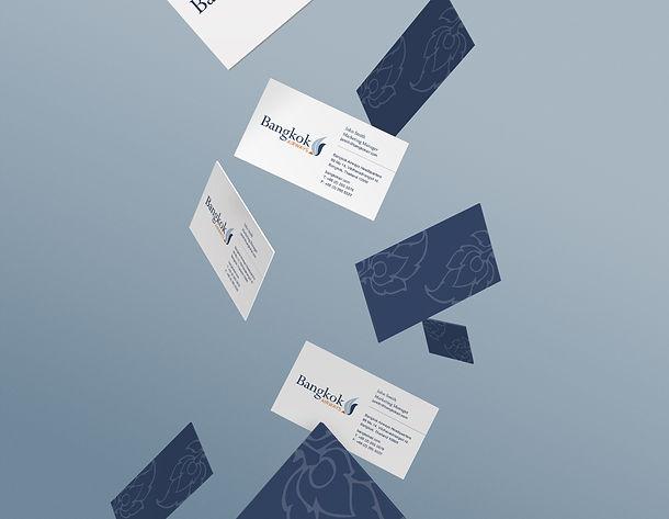 Gravity-Businesscards-Mock-up.jpg