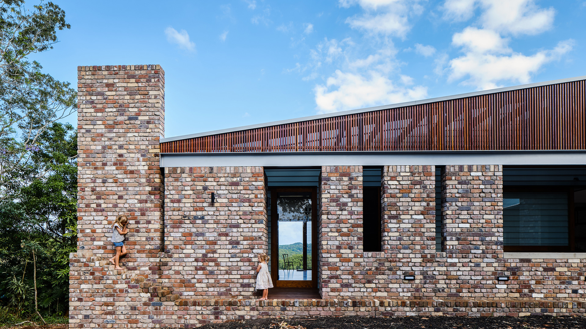 Byron Hinterland Residential Home /// View Project