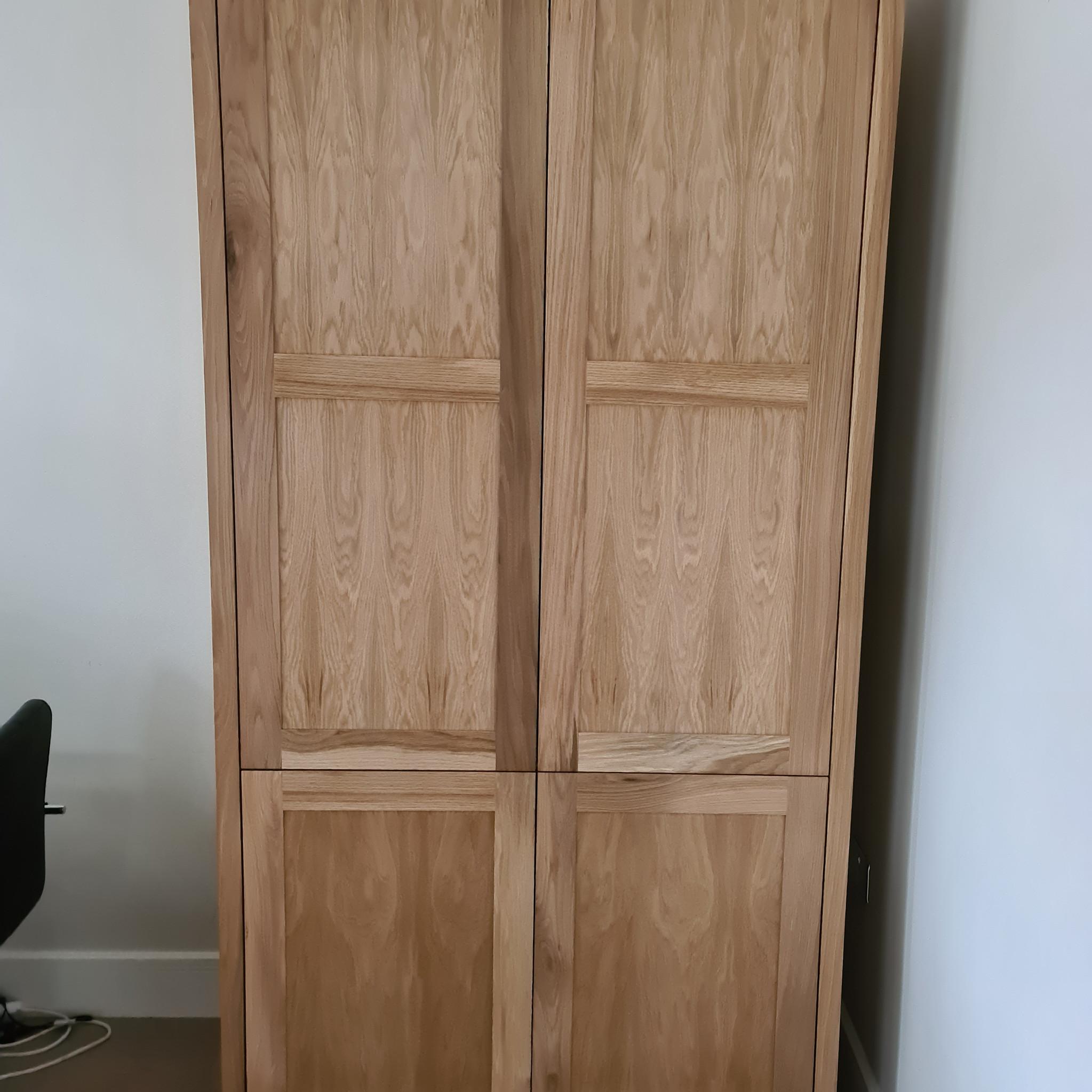 Bespoke Oak Larder Closed