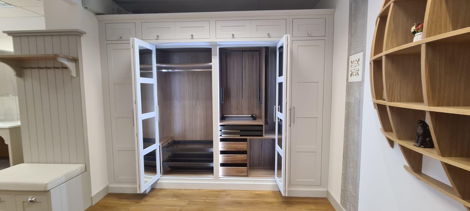 Showroom Furniture Wardrobe