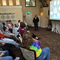 Dr. Ramesh Sagili speaks at the 2015 Oregon Honey Festival