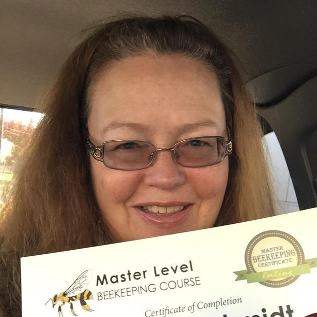 A Bright Spot: University Of Montana Master Beekeeper Program