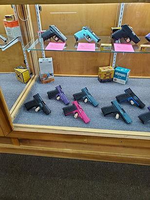 lots of pistols.jpg