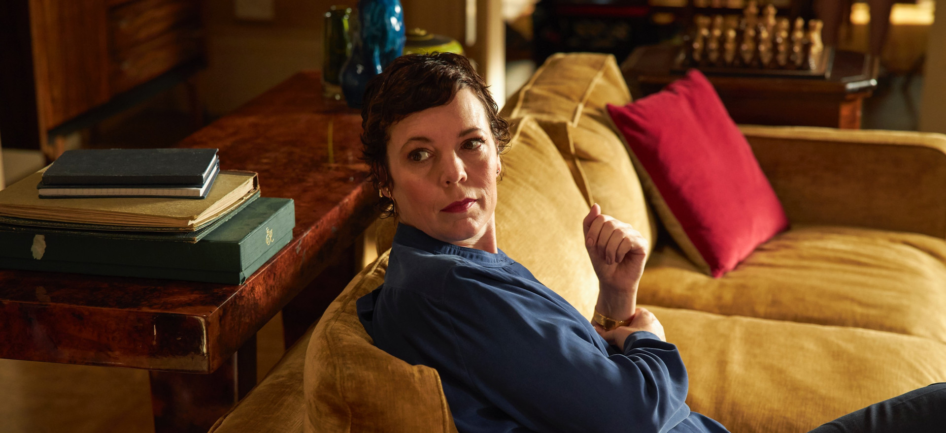 olivia colman plays anne . The Father . Directed by Florian Zeller . Staring Anthony Hopkins, Olivia Colman, Imogen Poots, Rufus Sewell, Olivia Williams, Mark Gattis