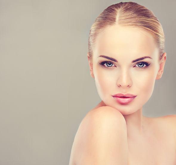 Beautiful  Woman with Clean Fresh Skin c