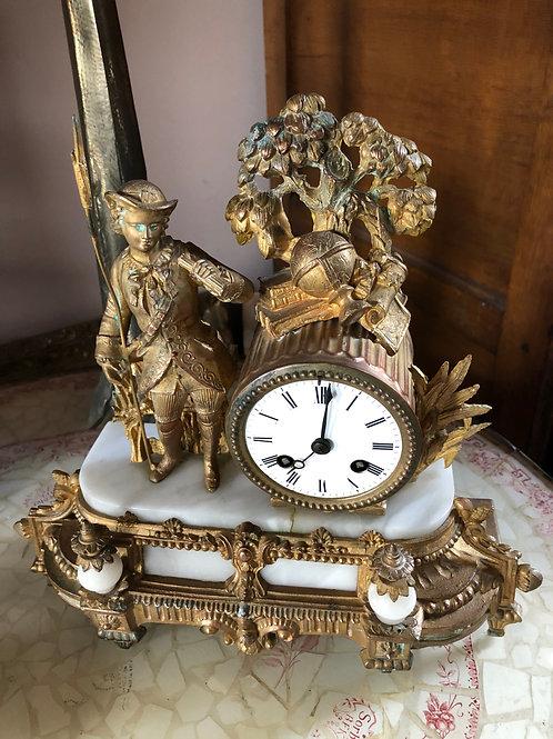 Horloge en régule