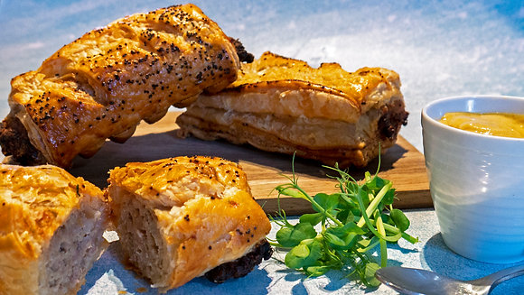 Apple & Caramelised Onion Sausage Roll