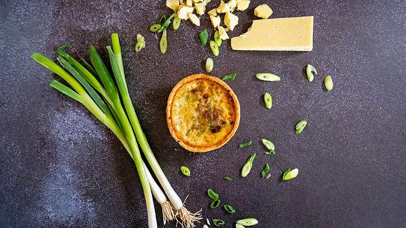 Davidstow Cheddar & Spring Onion (Small)