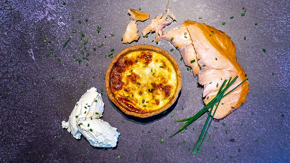 Salmon & Crème Fraîche (Small)